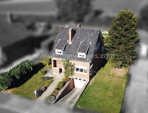 A vendre à GEMBLOUX : Villa 4F / 3ch. parfaitement située sur + de 7 ares de terrain