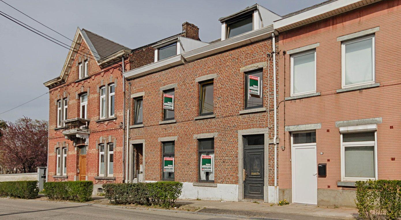 A vendre à GEMBLOUX : Au coeur de Gembloux, double habitation…